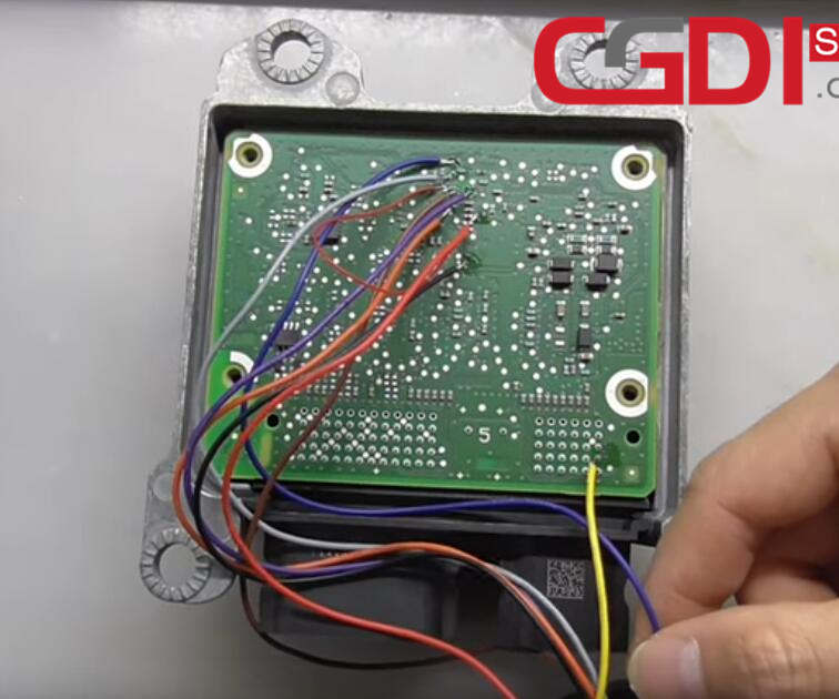 How to Use CG100 III Prog to Repair Land Rover Airbag Module (5)